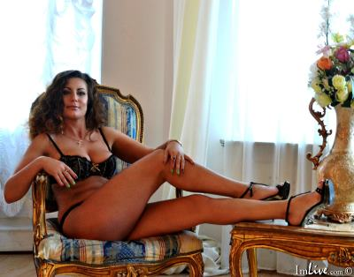 Julleta, 46 – Live Adult cam-girls and Sex Chat on Livex-cams