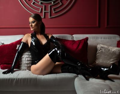 MistressDesired, 42 – Live Adult fetish and Sex Chat on Livex-cams
