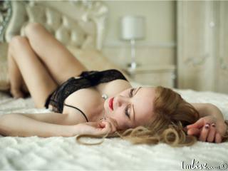 I'm A Sex Cam Sensual Honey! At ImLive I'm Named Jillhorny, I'm 37 Years Of Age