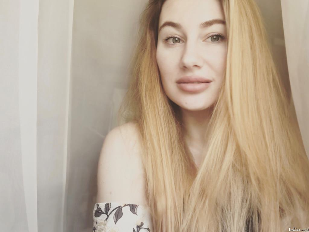 MariaRainbowsun's Profile Image