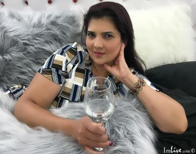 LuceroCasttro, 47 – Live Adult cam-girls and Sex Chat on Livex-cams